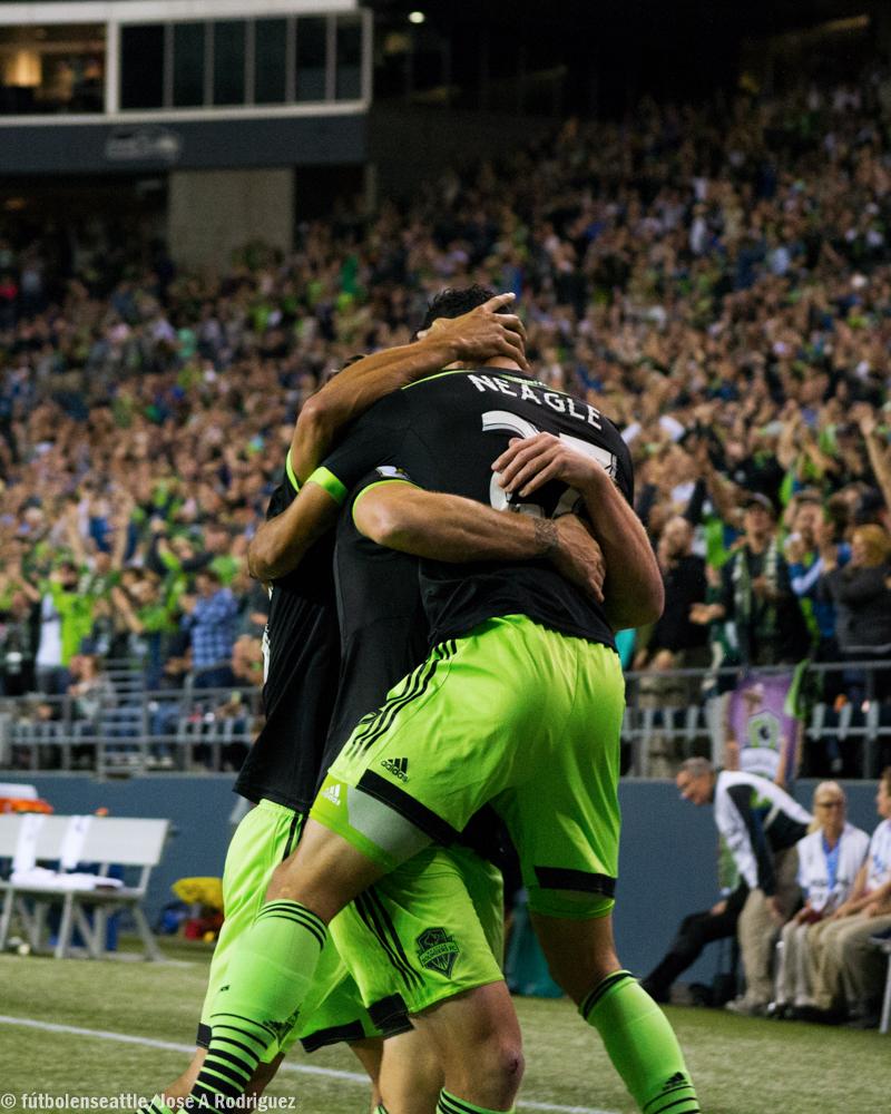 Neagle celebra gol Whitecaps CCL-1